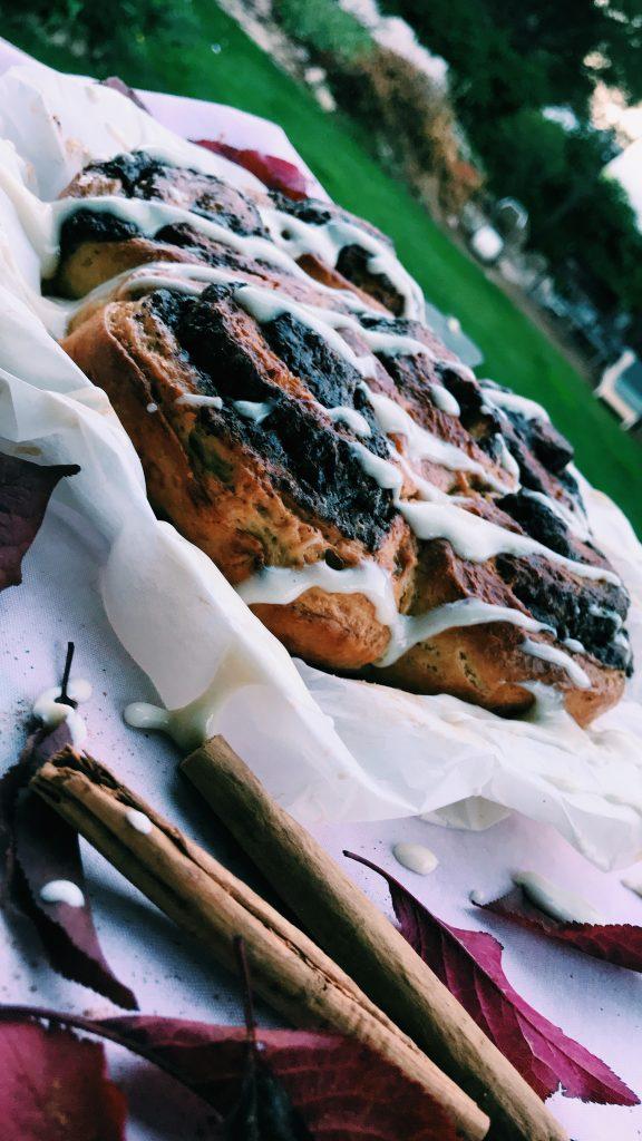 canel rolls-receta-rollos-de-canela-gastronomia