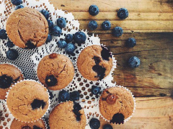 Muffins de arándanos con dulce de leche (sin lactosa)